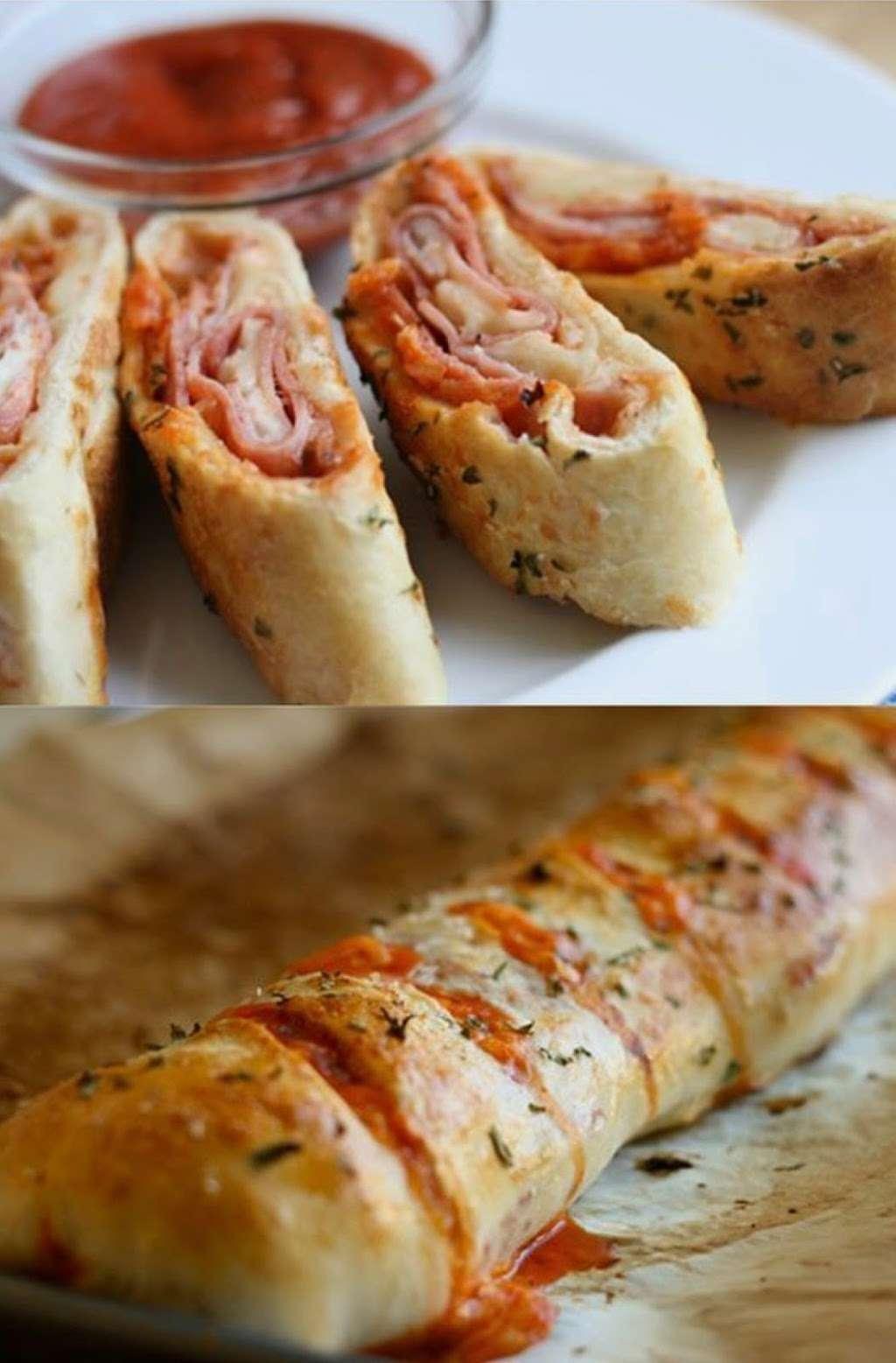 Francos Market Deli & Pizzeria - meal delivery  | Photo 5 of 10 | Address: 1346 NJ-77, Bridgeton, NJ 08302, USA | Phone: (856) 451-2920