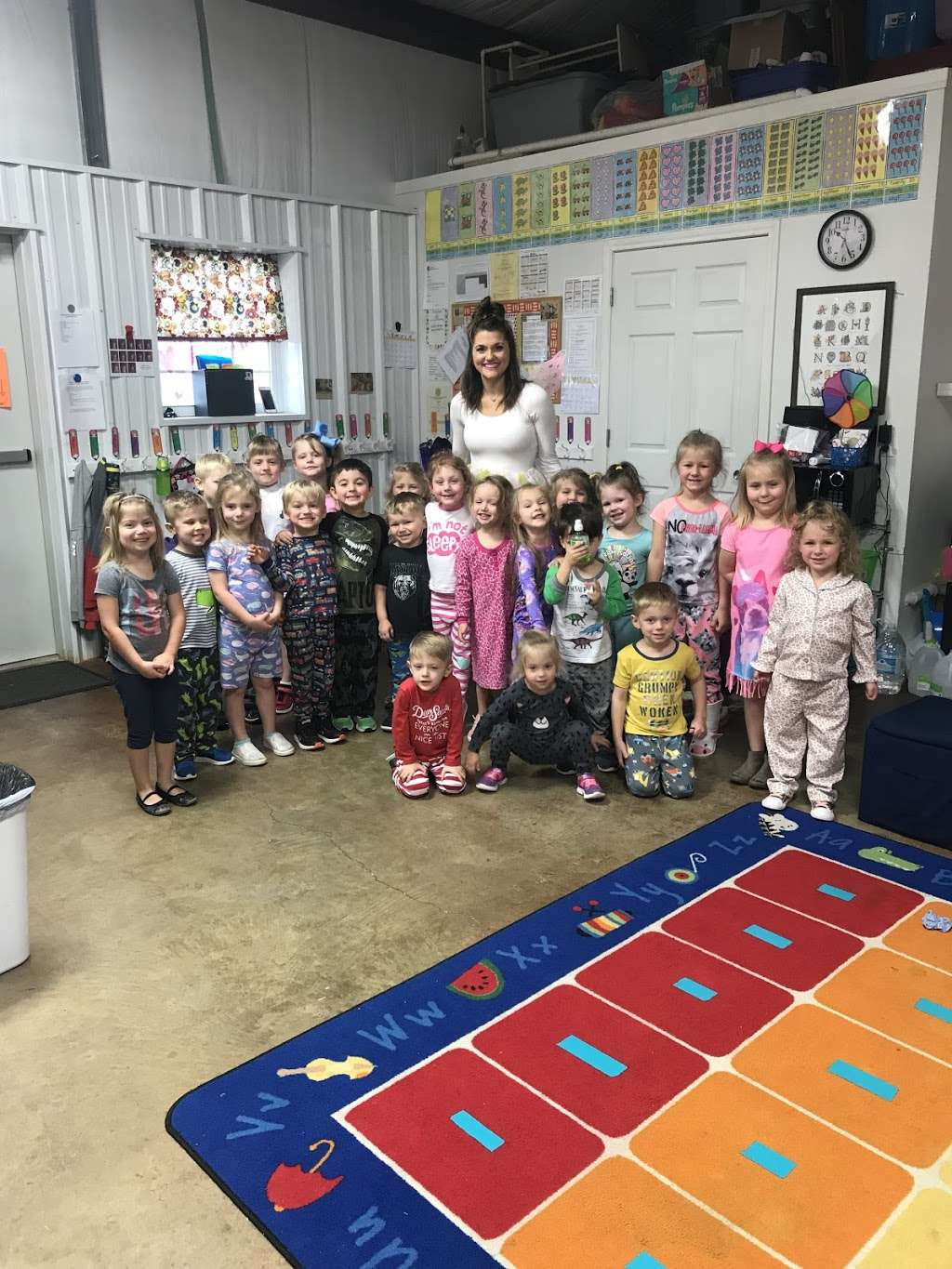 A Better Class Learning Academy - school  | Photo 5 of 10 | Address: 501 Kirby Dr, West Columbia, TX 77486, USA | Phone: (979) 345-3202