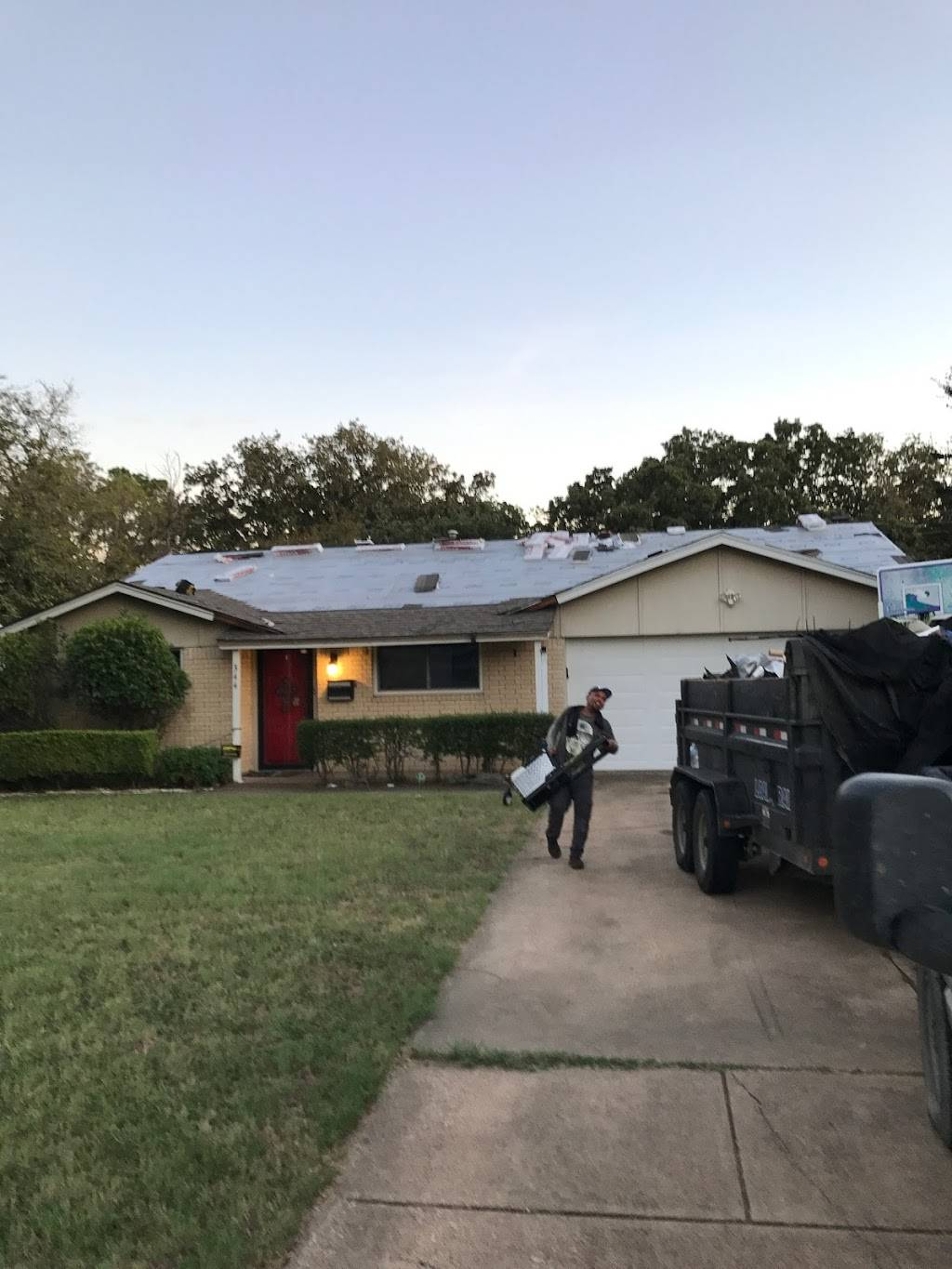 Fireman Roofing - roofing contractor  | Photo 9 of 9 | Address: 6707 Landover Hills Ln, Arlington, TX 76017, USA | Phone: (817) 455-5618