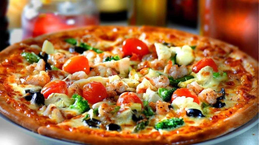 Goodfellas Pizzeria NJ - restaurant  | Photo 1 of 10 | Address: 255 Hackensack St, Wood-Ridge, NJ 07075, USA | Phone: (201) 933-0833
