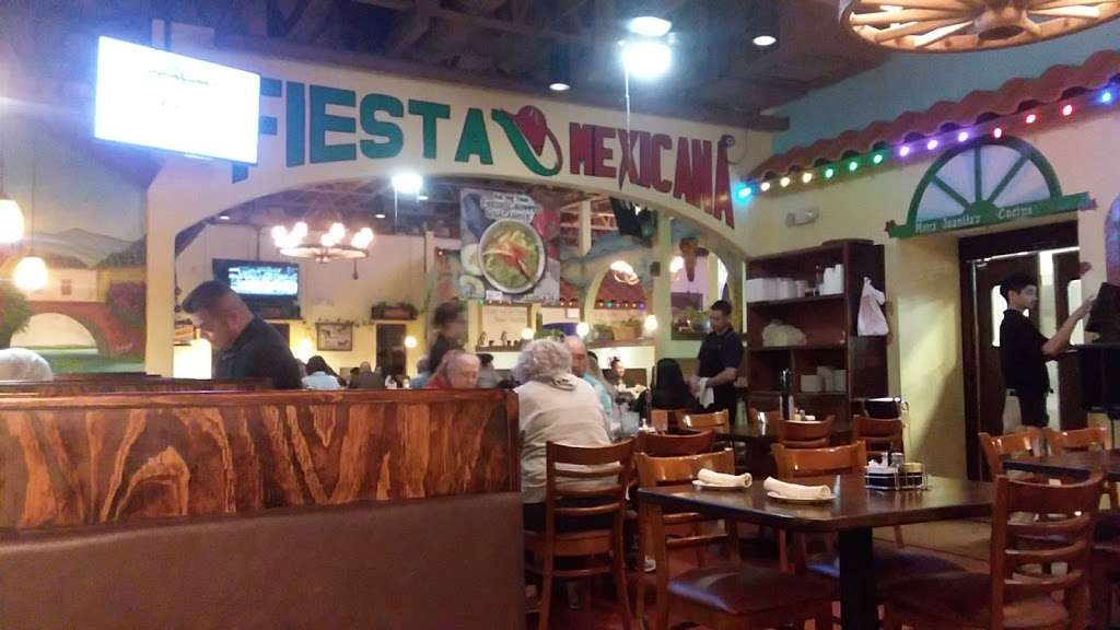Mama Juanitas Mexican Restaurant - restaurant  | Photo 5 of 9 | Address: 1118 League Line Rd, Conroe, TX 77303, USA | Phone: (936) 856-9012