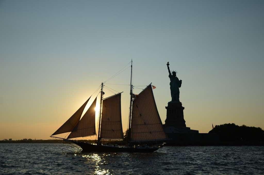 Gotham Sailing - travel agency  | Photo 5 of 10 | Address: 80 Audrey Zapp Dr, Jersey City, NJ 07305, USA | Phone: (732) 820-0290