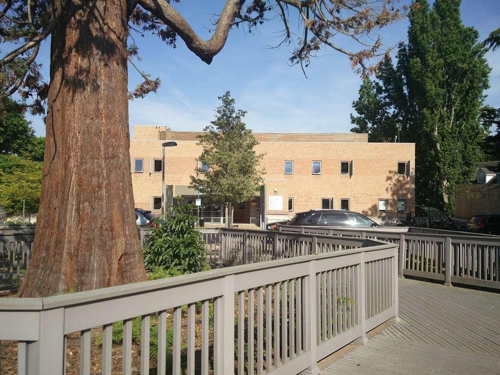 Parkside Hospital - hospital  | Photo 8 of 10 | Address: 53 Parkside, Wimbledon, London SW19 5NX, UK | Phone: 020 8971 8000