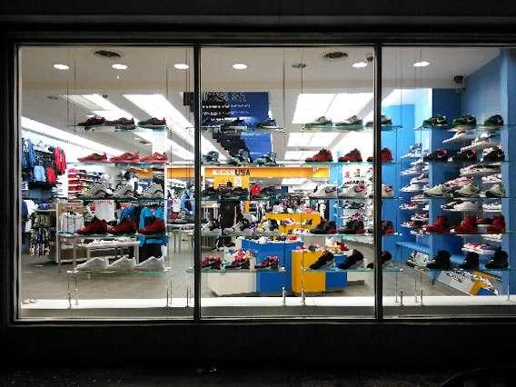 SNIPES Shoe store | 5231 Frankford Ave, Philadelphia, PA