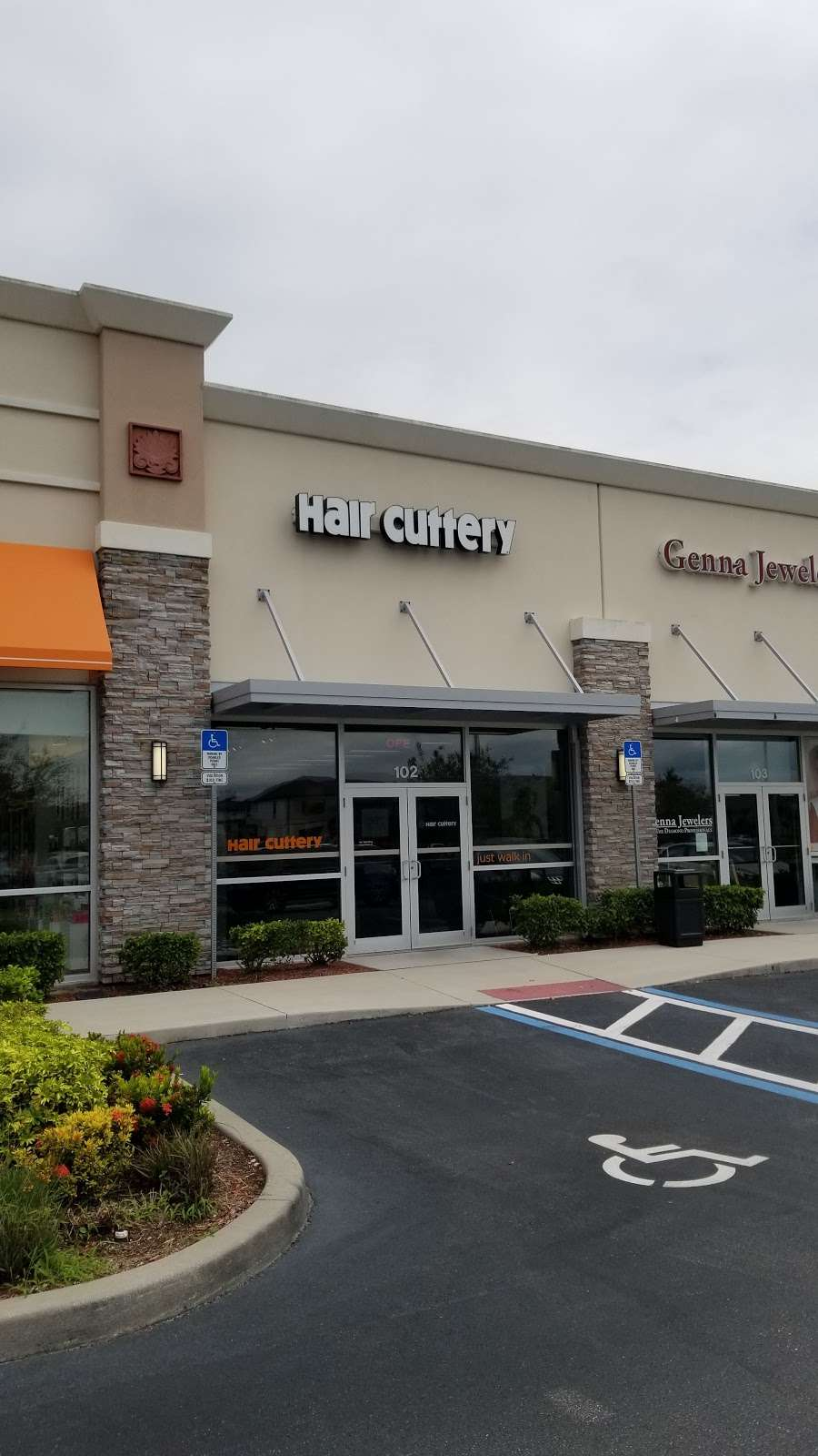 Hair Cuttery - hair care  | Photo 4 of 10 | Address: 2304 N, Remi Dr Suite 102, Melbourne, FL 32940, USA | Phone: (321) 636-0022