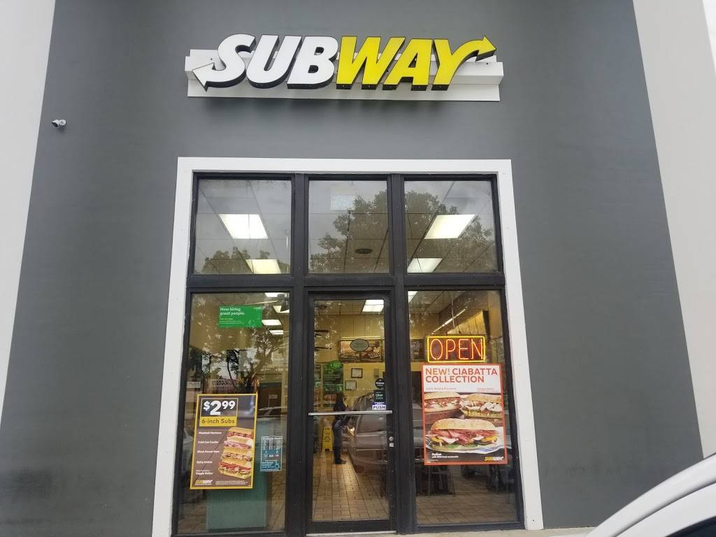 Subway - meal takeaway  | Photo 3 of 6 | Address: 2360 W 68th St #127, Hialeah, FL 33016, USA | Phone: (305) 362-9366
