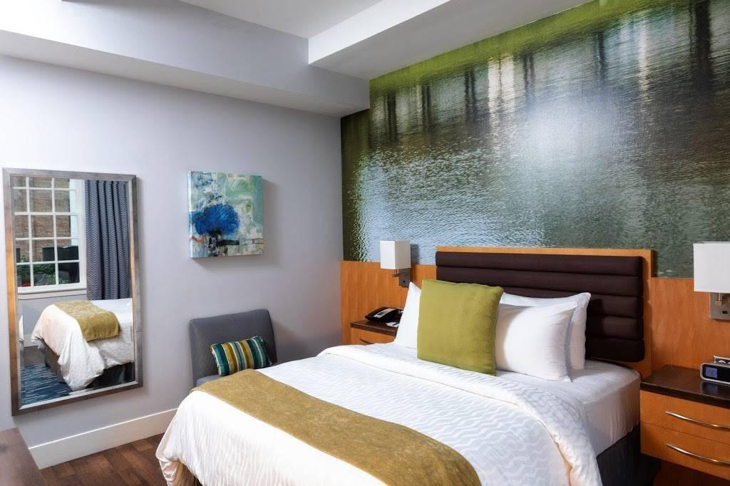 Hotel Indigo Baton Rouge Downtown - lodging  | Photo 10 of 10 | Address: 200 Convention St, Baton Rouge, LA 70801, USA | Phone: (225) 343-1515