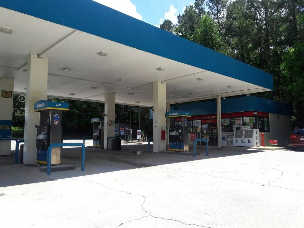 Sky Food Mart (VALERO) - gas station  | Photo 6 of 7 | Address: 880 E Chatham St, Cary, NC 27511, USA | Phone: (919) 465-0077