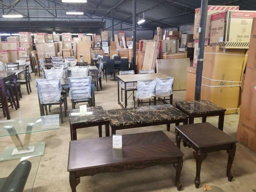 H&K Furniture Mart - store  | Photo 2 of 3 | Address: 11055 Harry Hines Blvd, Dallas, TX 75229, USA | Phone: (972) 484-8969