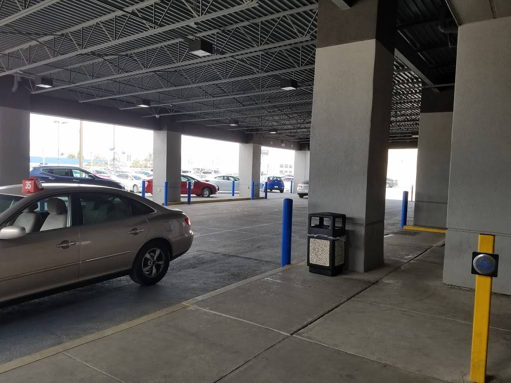 Hyundai of El Paso - car dealer    Photo 10 of 10   Address: 8600 Montana Ave, El Paso, TX 79925, USA   Phone: (915) 881-0300