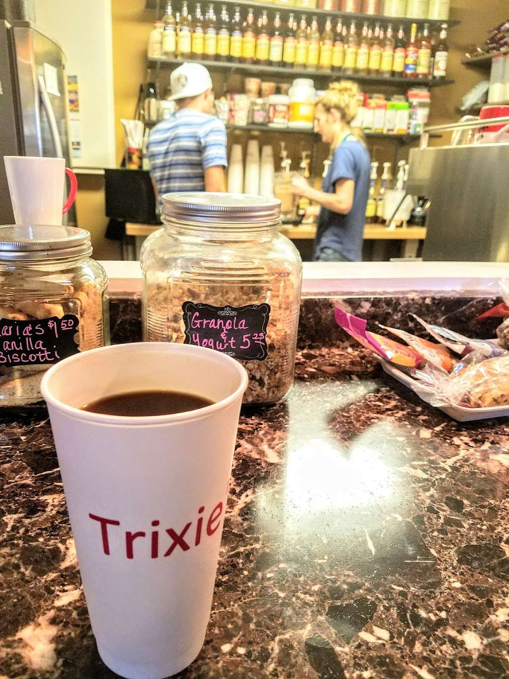 Trixies Coffee Shop - bakery  | Photo 9 of 10 | Address: 19700 TX-105, Montgomery, TX 77356, USA | Phone: (425) 444-2700