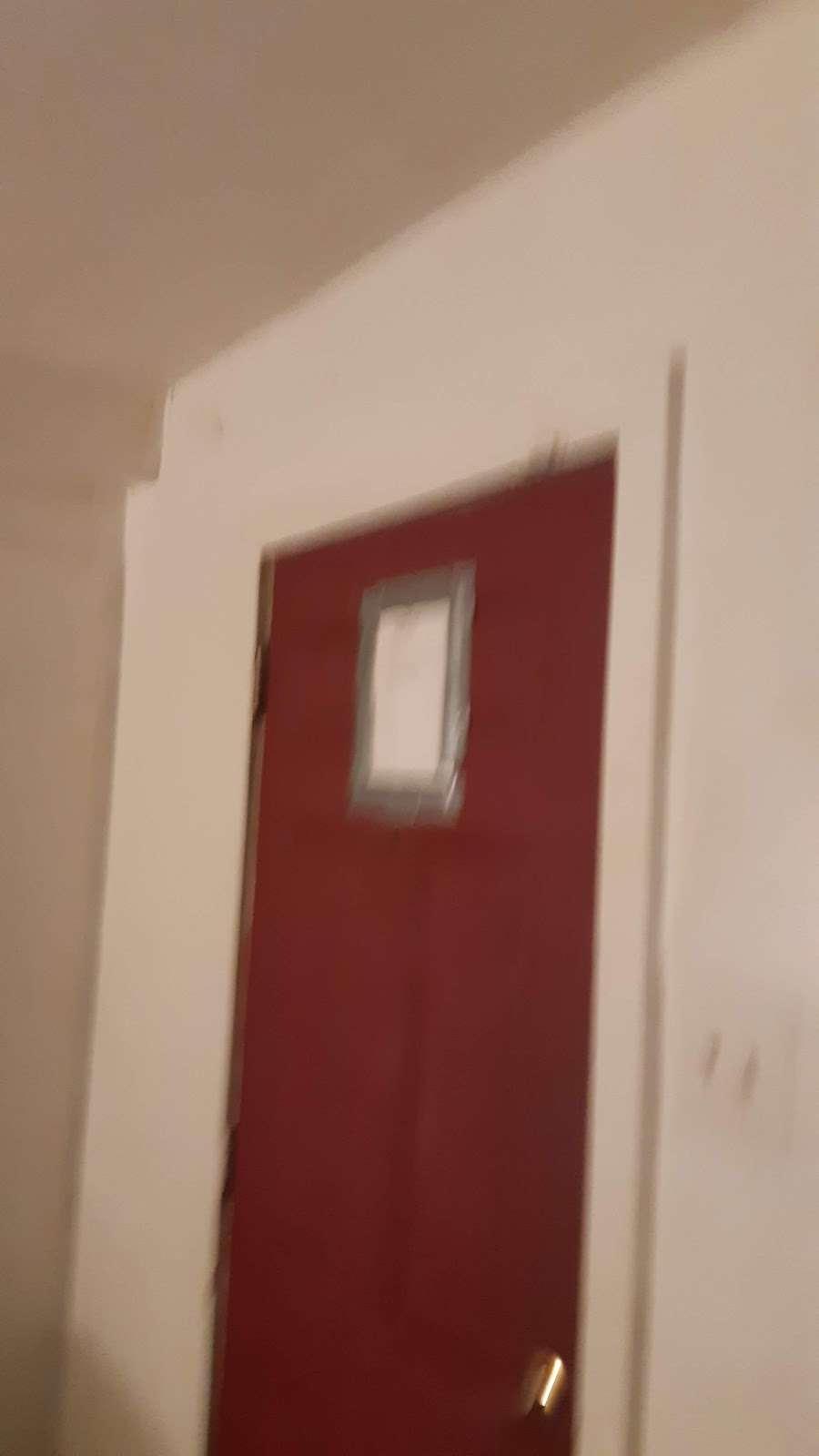 Atco Motel - lodging  | Photo 5 of 10 | Address: 795 White Horse Pike, Atco, NJ 08004, USA | Phone: (856) 719-8550