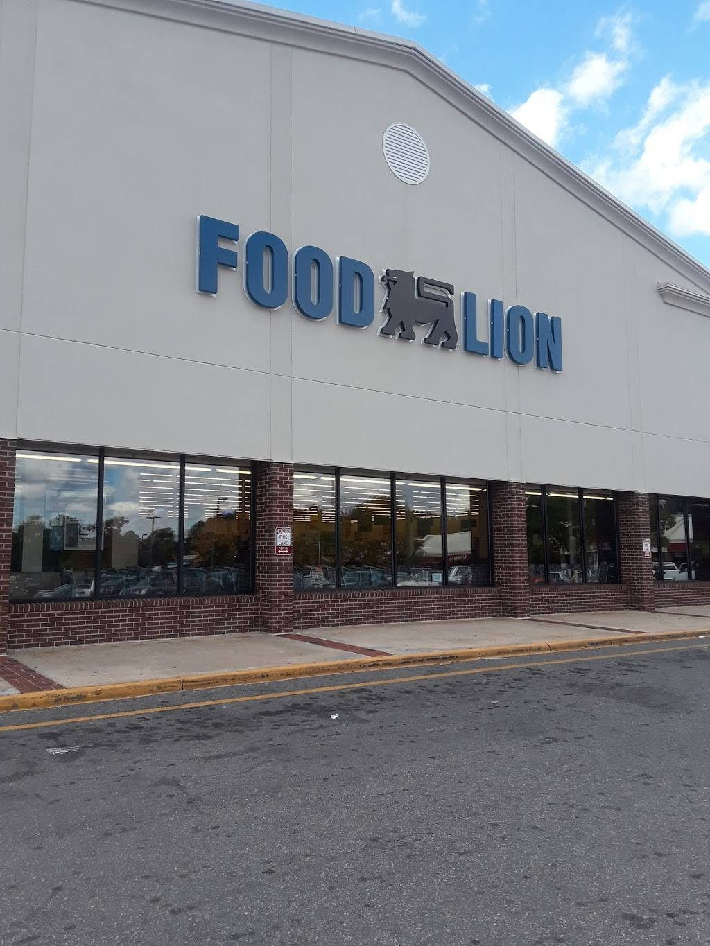 Food Lion - store    Photo 7 of 10   Address: 1601 Cross Link Rd #1, Raleigh, NC 27610, USA   Phone: (919) 807-1395