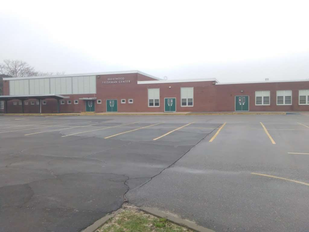 Freshman Center - school  | Photo 2 of 8 | Address: 33 Leahy Ave, Brentwood, NY 11717, USA | Phone: (631) 434-2541