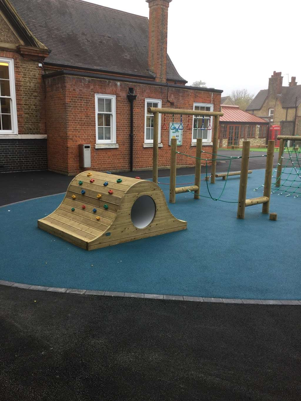 Telferscot Primary School - school  | Photo 7 of 10 | Address: Telferscot Rd, London SW12 0HW, UK | Phone: 020 8673 7362