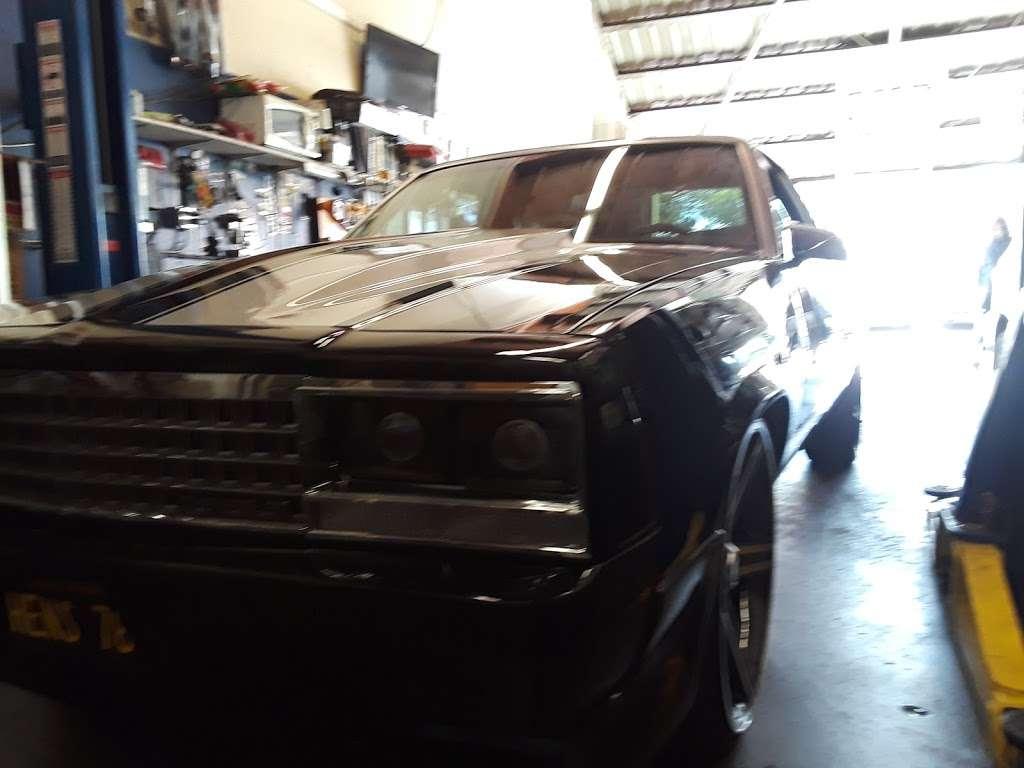 Arturos Auto Repair - car repair  | Photo 4 of 5 | Address: 13123 Paxton St # D4, Pacoima, CA 91331, USA | Phone: (818) 896-9859