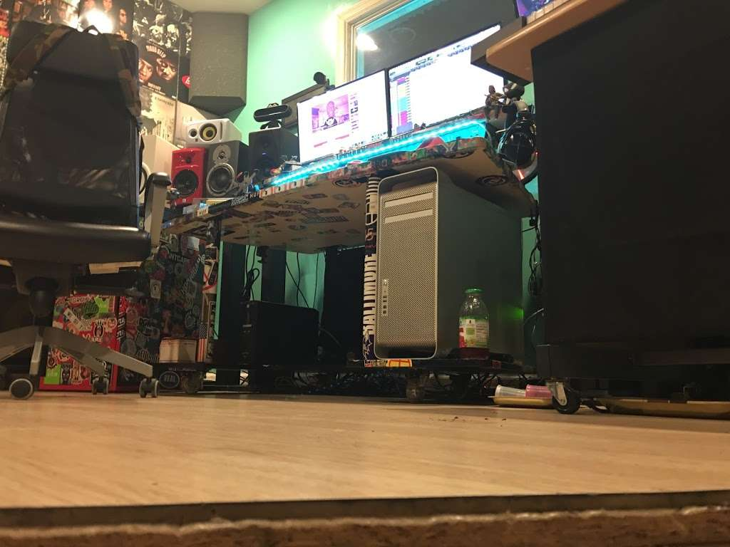 EBAN RECORDING | FILM STUDIOS - electronics store  | Photo 7 of 10 | Address: 934 W Patapsco Ave, Baltimore, MD 21230, USA | Phone: (443) 430-1764