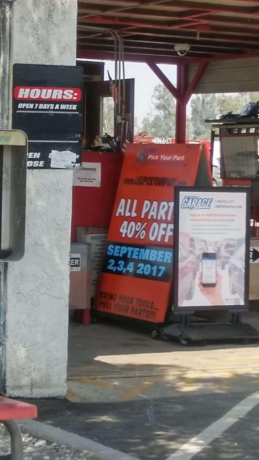LKQ Pick Your Part - Fontana - car repair  | Photo 4 of 10 | Address: 15228 Boyle Ave, Fontana, CA 92337, USA | Phone: (800) 962-2277