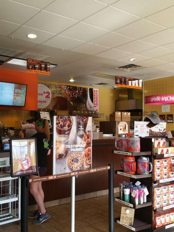 Dunkin - bakery  | Photo 3 of 10 | Address: 60 Broadway, Hillsdale, NJ 07642, USA | Phone: (201) 203-3327