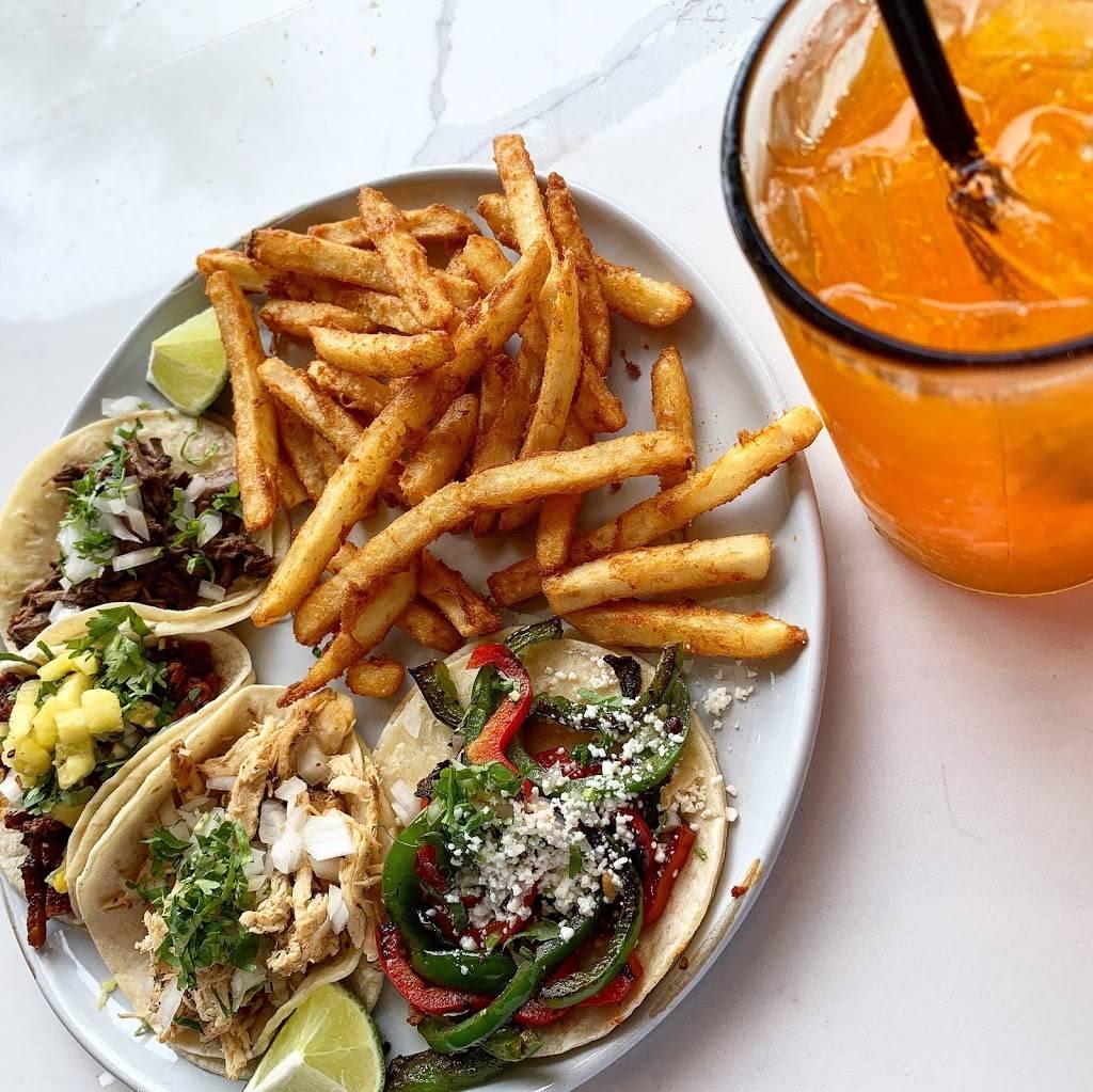 Epoca Cantina - restaurant    Photo 3 of 10   Address: 1101 Davenport St #150, Omaha, NE 68102, USA   Phone: (402) 505-8281