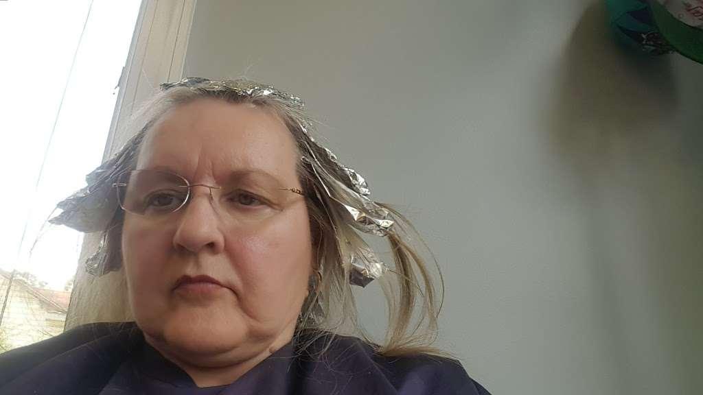 Island Dreams Hair Salon - hair care  | Photo 2 of 2 | Address: 11439 Eastern Ave, Baltimore, MD 21220, USA | Phone: (410) 335-2288