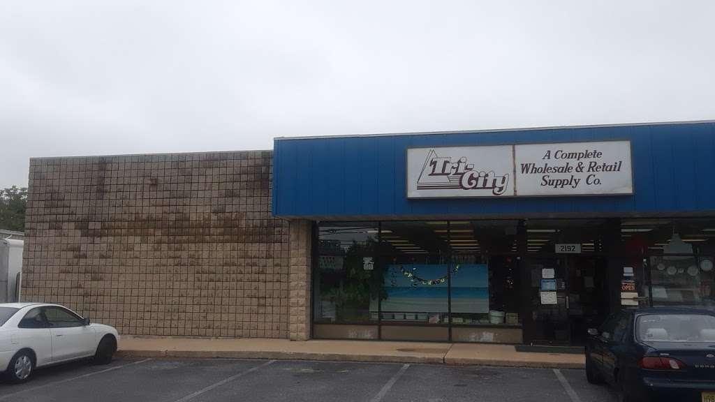 Tri-City Paper Restaurant & Bar Supply - store    Photo 4 of 5   Address: 2192 S Delsea Dr, Vineland, NJ 08360, USA   Phone: (856) 692-6050
