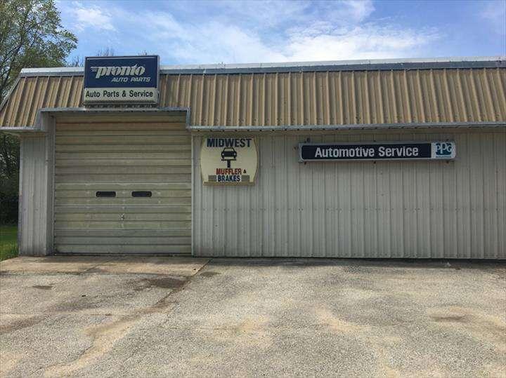 Midwest Motors - car dealer  | Photo 6 of 6 | Address: 1220 Roosevelt Rd, Walkerton, IN 46574, USA | Phone: (574) 586-2573