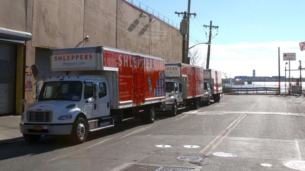 Shleppers Moving & Storage - moving company  | Photo 1 of 10 | Address: 920 E 149th St, Bronx, NY 10455, USA | Phone: (212) 223-4004