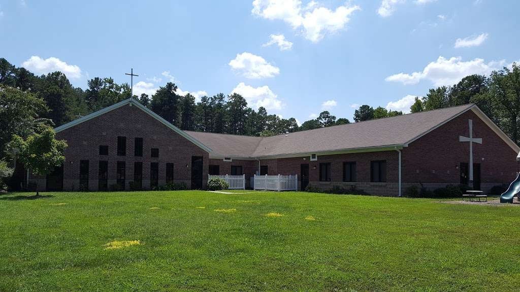 Holy Covenant United Church of Christ - church  | Photo 4 of 10 | Address: 3501 W W.T.Harris Blvd, Charlotte, NC 28269, USA | Phone: (704) 599-9810