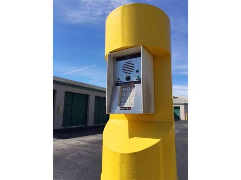 Extra Space Storage - moving company  | Photo 5 of 5 | Address: 13800 SW 84th St, Miami, FL 33183, USA | Phone: (305) 386-2144