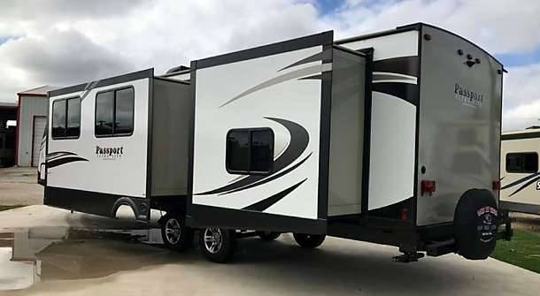 RV Camping Rental - car dealer  | Photo 4 of 10 | Address: NO PHYSICAL STORE, Pacific Beach Dr, San Diego, CA 92109, USA | Phone: (619) 341-5606