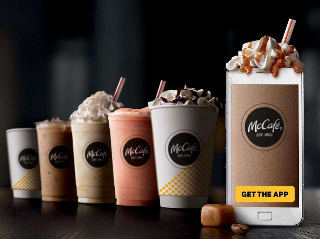McDonalds - cafe  | Photo 5 of 10 | Address: 1955 Glenoaks Blvd, San Fernando, CA 91340, USA | Phone: (818) 365-7422