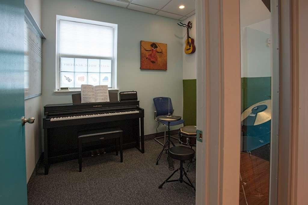 Arete Music Academy - electronics store  | Photo 10 of 10 | Address: 120 Van Nostrand Ave, Englewood Cliffs, NJ 07632, USA | Phone: (201) 205-1121