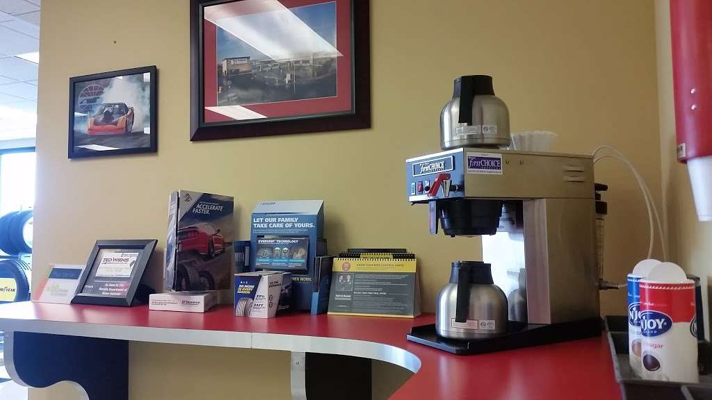 Ted Wiens Tire & Auto - car repair    Photo 5 of 10   Address: 4435 W Wigwam Ave, Las Vegas, NV 89139, USA   Phone: (702) 589-9200