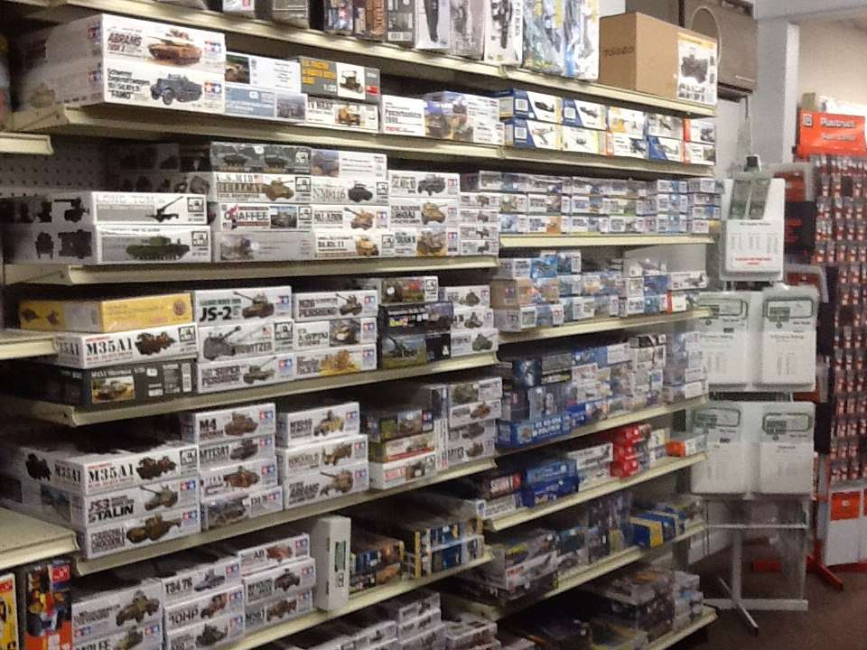 CoolTrains Toys & Hobbies - store  | Photo 3 of 5 | Address: 106 Main St, Landisville, PA 17538, USA | Phone: (717) 898-7119