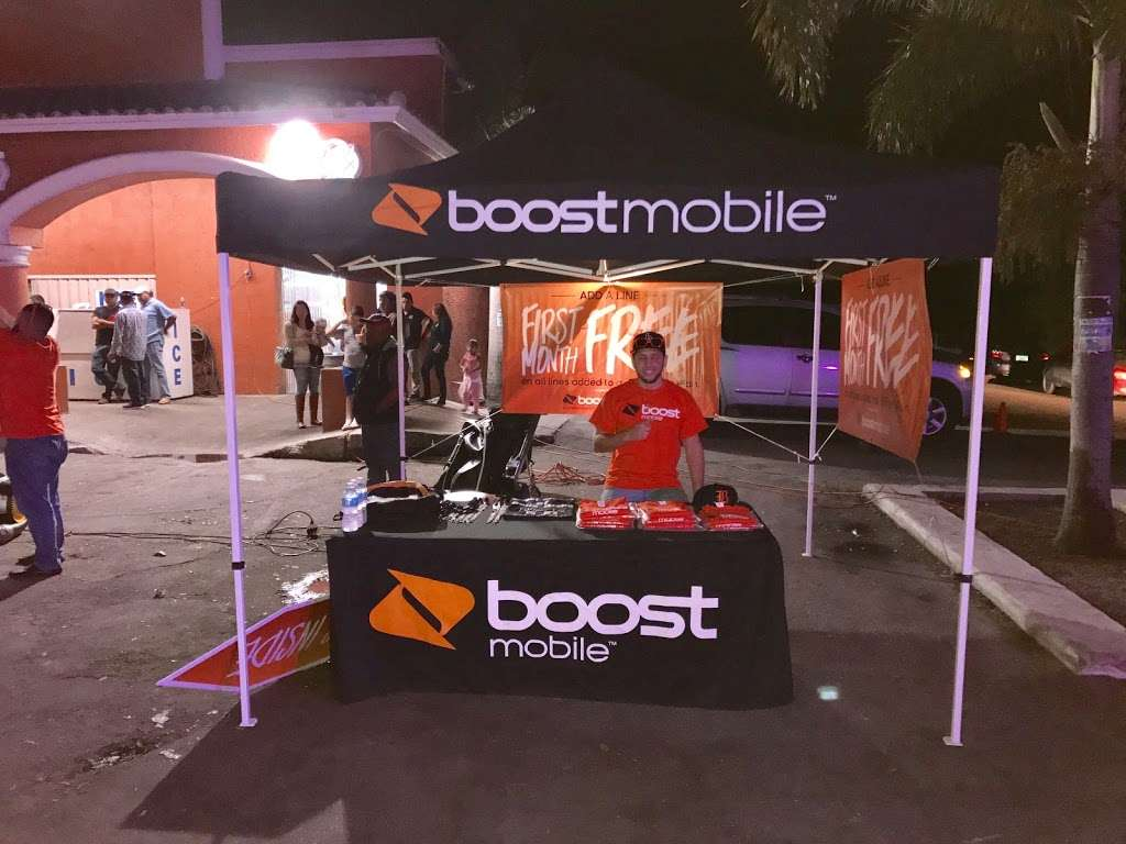 Boost Mobile - store  | Photo 6 of 10 | Address: 1425 S Main St, Belle Glade, FL 33430, USA | Phone: (561) 609-1014