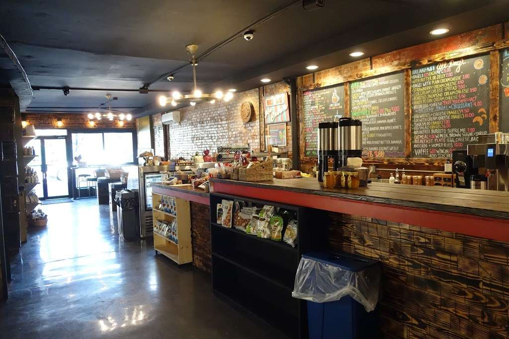 Pier 69 Market - cafe  | Photo 2 of 10 | Address: 10 Bay Ridge Ave, Brooklyn, NY 11220, USA | Phone: (718) 777-6969