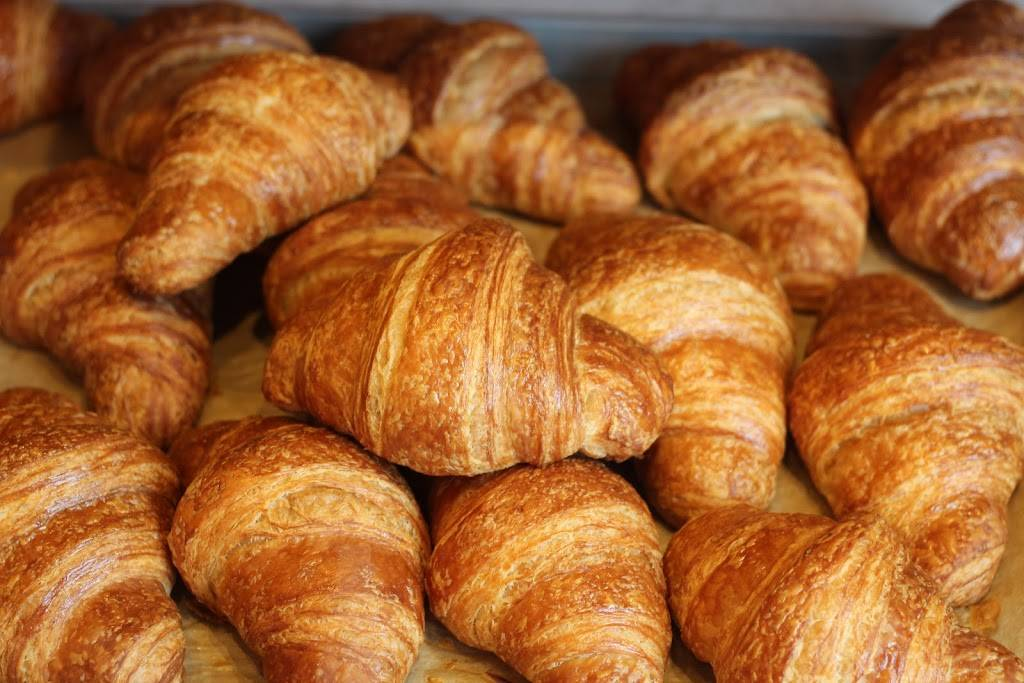 Grand Central Bakery - bakery  | Photo 3 of 10 | Address: 7501 35th Ave NE, Seattle, WA 98115, USA | Phone: (206) 582-2311