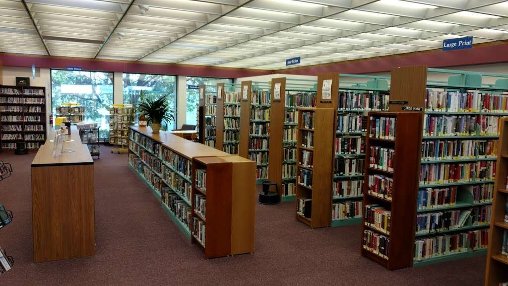 Myerstown Community Library - library  | Photo 1 of 1 | Address: 199 N College St, Myerstown, PA 17067, USA | Phone: (717) 866-2800