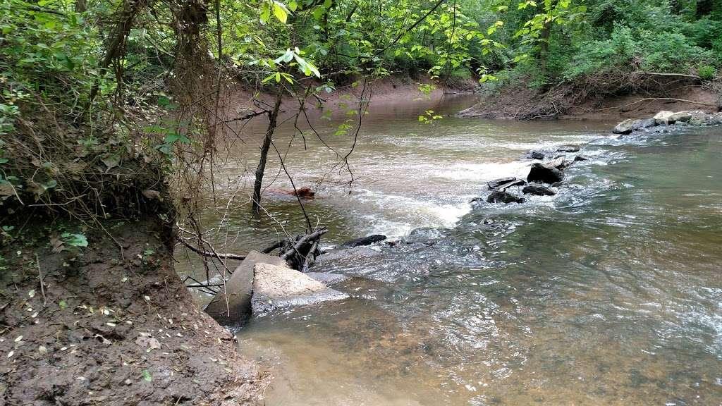 Orapax Hunting Preserve - park  | Photo 5 of 10 | Address: 3831 River Rd W, Goochland, VA 23063, USA | Phone: (804) 556-2261