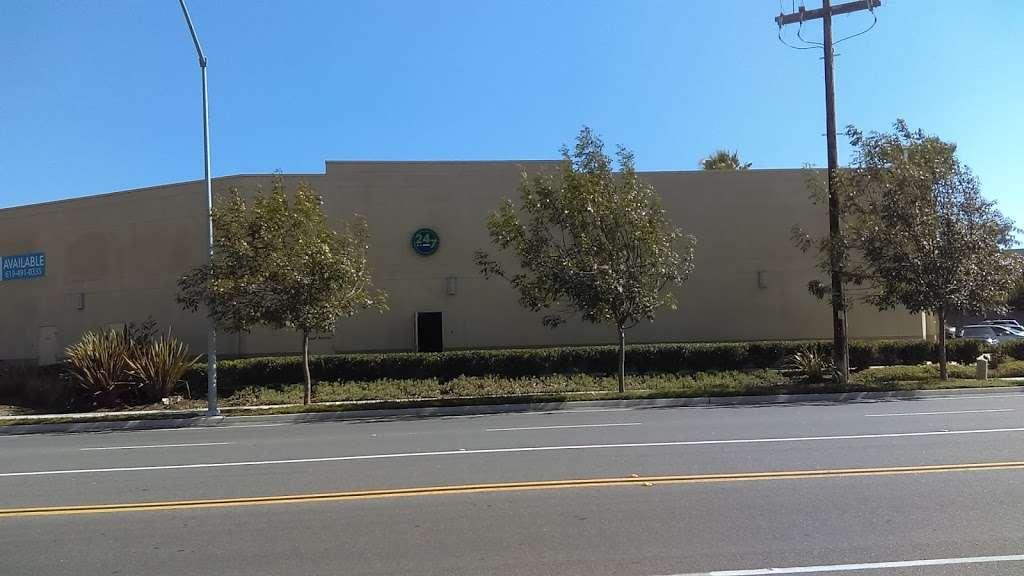 24-7 Postal - post office    Photo 4 of 9   Address: 3975 Camino De La Plaza Suite 208, San Ysidro, CA 92173, USA   Phone: (619) 830-1110