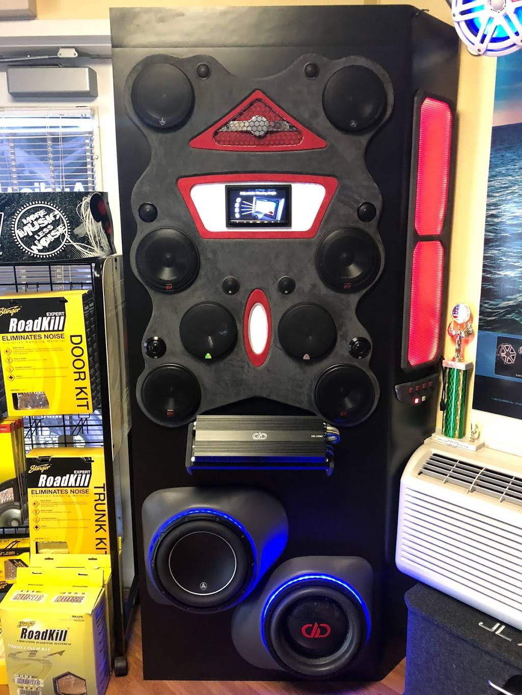 AUDIO PLUS - electronics store  | Photo 9 of 10 | Address: Behind Racetrack, 10050 Gibsonton Dr, Riverview, FL 33578, USA | Phone: (813) 671-8481