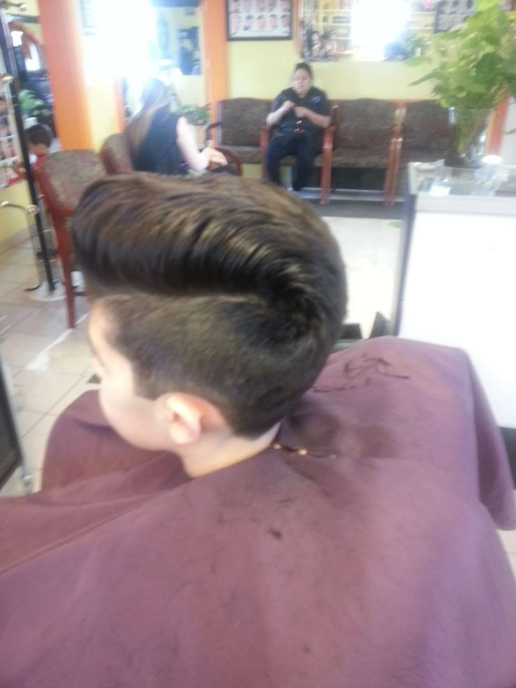 Artistica Wave - hair care  | Photo 10 of 10 | Address: 1317 N Seminary Ave, Woodstock, IL 60098, USA | Phone: (815) 206-4906