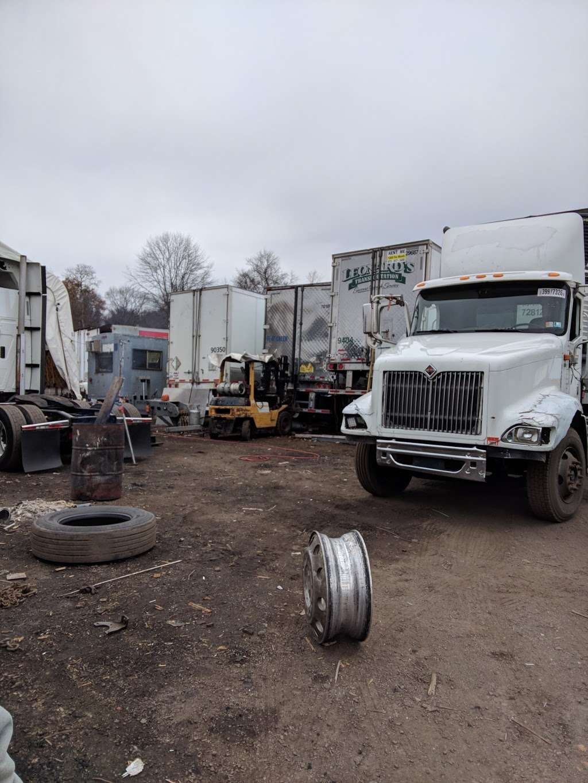 Torre Service Inc. - car repair  | Photo 5 of 10 | Address: 289 Beaverbrook Rd, Lincoln Park, NJ 07035, USA | Phone: (973) 917-3400