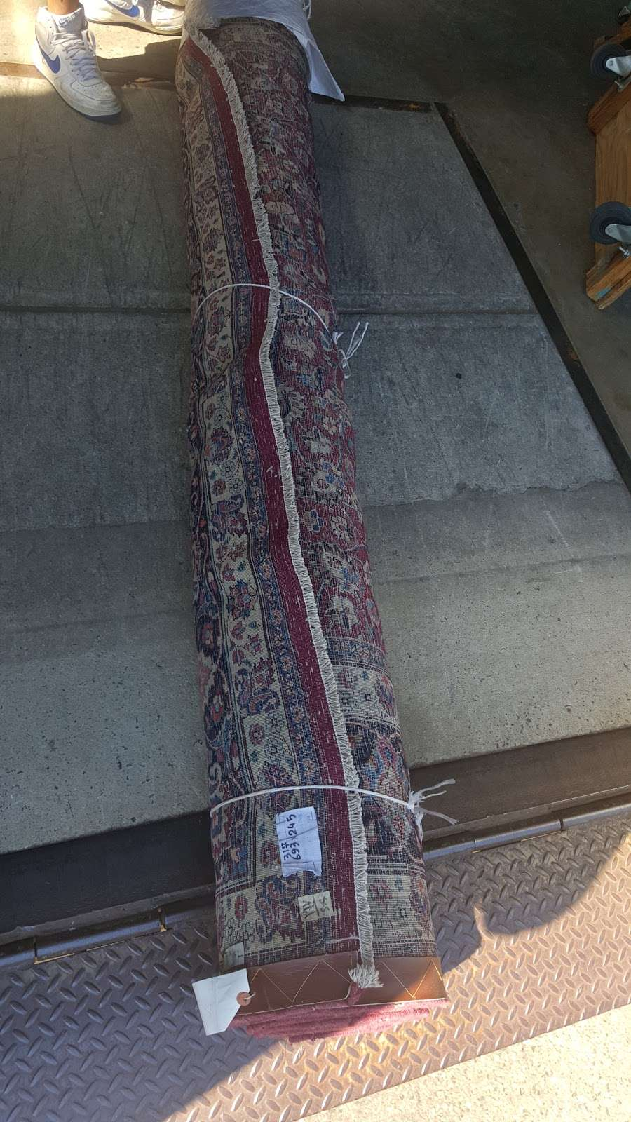 Sns Oriental Rugs - home goods store    Photo 1 of 2   Address: 455 Barell Ave, Carlstadt, NJ 07072, USA   Phone: (201) 355-8737