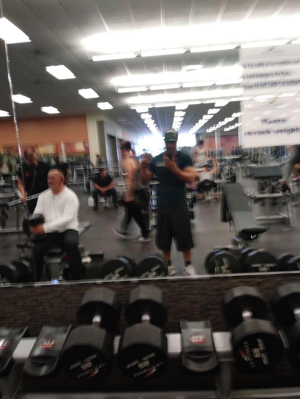 LA Fitness - gym    Photo 3 of 10   Address: 27610 Eucalyptus Ave, Moreno Valley, CA 92555, USA   Phone: (951) 571-8039