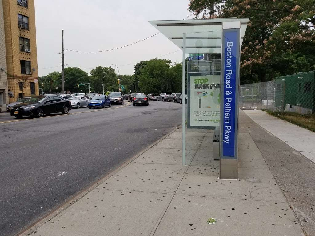 Boston Rd/pelham Pky - bus station    Photo 1 of 2   Address: Bronx, NY 10462, USA