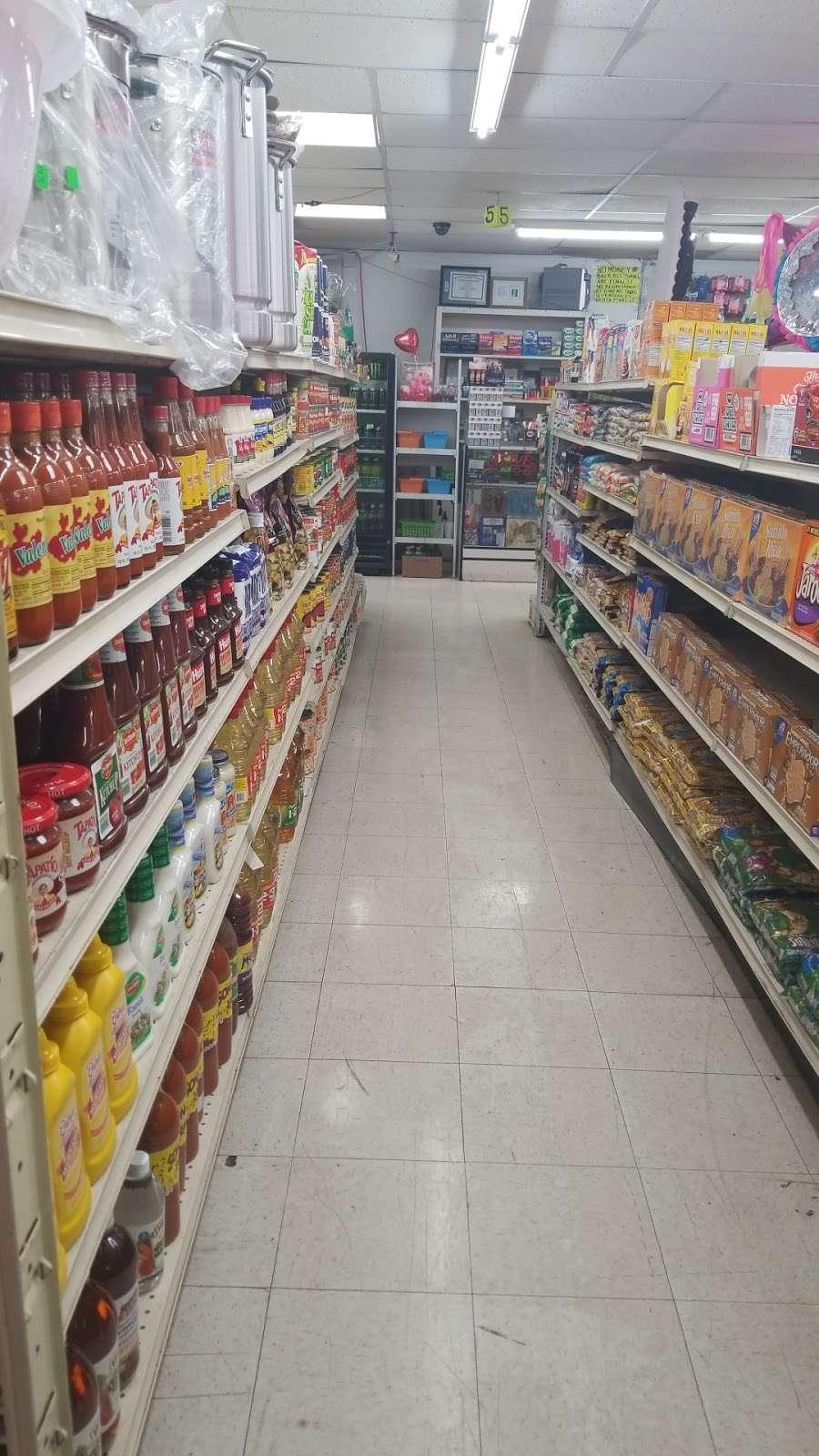 Latino Market - convenience store  | Photo 2 of 10 | Address: 7806 N 27th Ave, Phoenix, AZ 85051, USA | Phone: (602) 973-5326