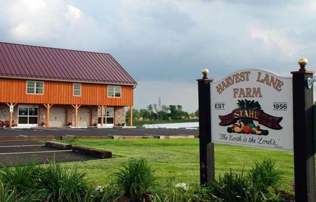 Harvest Lane Farm - bakery  | Photo 4 of 10 | Address: 851 E Oregon Rd, Lititz, PA 17543, USA | Phone: (717) 560-6219