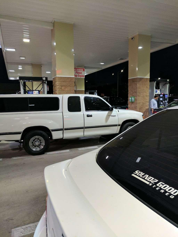 Costco Gasoline - gas station  | Photo 7 of 10 | Address: 13550 Paxton St, Pacoima, CA 91331, USA | Phone: (818) 272-2700